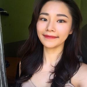 Eunbi - Murcia, : Hi guys! Let's talk in Korean as much as
