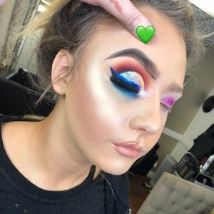 Lessons Courses In Makeup Artistry