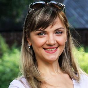 Woman speaking russian