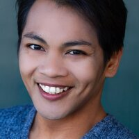 NY-based recent graduate of a conservatory program specializing in straight acting and musical theater