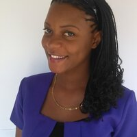 Business student offering online English lessons in Jamaica with 3 years experience