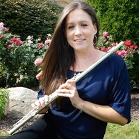 Caring professional flutist with over 10 years experience offering flute lessons and coaching