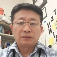 A  AZ certified mathematics and Mandarin Chinese teacher for7th-12th grade gives math and Chinese lessons to middle school and high school levels in aera arround Phoenix