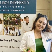 Current graduate student in Doctor of Pharmacy Program looking to tutor in science!