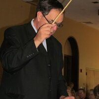 Experienced orchestra teacher with Masters in Composition who loves to teach strings and theory.