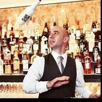 Flair trainer Bartender International gives Flair and Working classes in Paris and its region or directly in Flair's studio