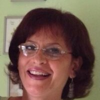 French tutor with 20 years of experience, lessons for all ages and levels in Miami area and surroundings.
