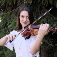 Fun, interactive and productive violin lessons for all ages. Let's learn together!