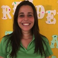 Graduate student in teaching English as a second language gives English or Spanish lessons to young learners or adults.