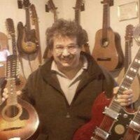 Guitar pro offering guitar lessons-Expert, professional, personalized-All levels, ages & styles RI