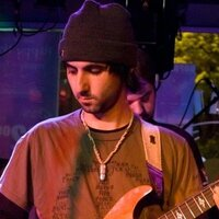 Guitarist with over 15 years experience playing, recording and teaching. I love to share my knowledge!