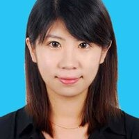Hey! Yarui Zhang is a native Chinese speaker with a big smile.
