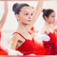 High school student teaches private dance students of all ages in Palma de Mallorca with a scholarship and titles RAD (Royal Academy of Dance)