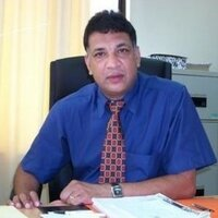 Highly experienced University Professor shares his experience in SPSS and Research Methodology