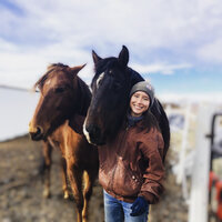 Horse-assisted Life Coach combining animal therapies, holistic wellness, and journey-based sessions in Colorado and online !