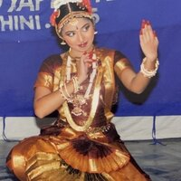 Indian classical and contemporary dancer with 10 years experience. Conduct classes at home