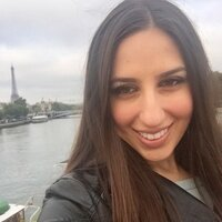 Ivy league graduate student living in Paris with 6 years of French-teaching experience gives French lessons
