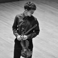 Juilliard Student in NYC Offering Private Violin Lessons - Over 5 Years of Teaching Experience