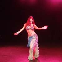 Learn Bellydance at home!  Bellydancer offers online and 1 to 1 private lessons for all ages and fitness levels.