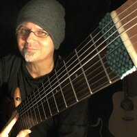 Local Rialto Artist now gives Chapman Stick, Electric & Acoustic guitar lessons