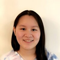 Mandarin speaker, grew up in China when young, fluent in English and Chinese. Have no Chinese accent when speaking English and is able to transfer between the two.  我中英文都很流畅,教会您如何说一口纯正的中或英文