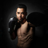 Multiple world champion of Kick Boxing and K-1 Light, I offer fitness classes based on Kick boxing, adapted to all levels and in different languages (French, English, spanish)