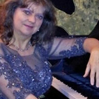 Music lessons in your home. Professional pianist with 25 years of teaching experience is now accepting students in the San Francisco Bay,Area