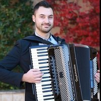 ONILNE accordion lessons via Skype/ZOOM with experienced and extremely patient accordion teacher with Bachelor's Degree - Accordion Performance. I am offering classical, variety and Balkan folk music