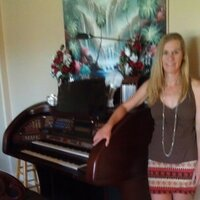 Piano, Organ Keyboard Lessons for all ages and levels.  Quality music lessons with 30 years of teaching experience.  I am located in Phoenix, AZ