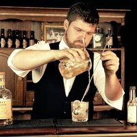 Private barman training, mixology, flair and molecular cocktails from the South of France