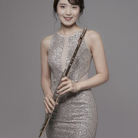 Professional Flutist and Educator with 15 years of teaching experience in Music
