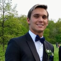 Second year Engineering student offering math and physics lessons in/ around Naperville