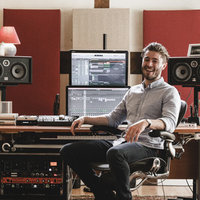 UK Top 40 Songwriter/Producer offering tuition in Production, Mixing and Songwriting Logic Pro X/Ableton Live