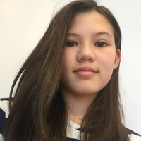 I am 14 years old and have been studying Chinese for 10 years. I can teach pinyin, sentences, oral and reading.