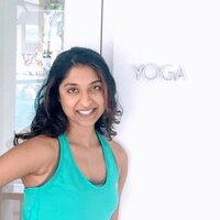 Yoga teacher with over 10 years of experience in helping students build strength, flexibility, and restore balance and range of motion to the body.